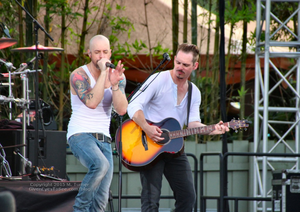 Chris Daughtry performs live in concert at Busch Gardens Tampa Food and Wine Festival April 25, 2015